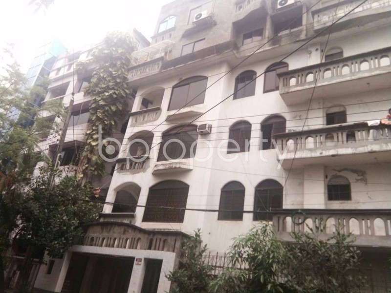 Image 1 - 3 Bed Apartment to Rent in Baridhara DOHS, Dhaka - 1686822