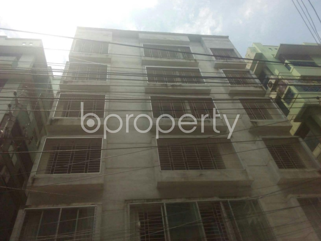 Image 1 - 3 Bed Apartment for Sale in Baridhara, Dhaka - 1713243