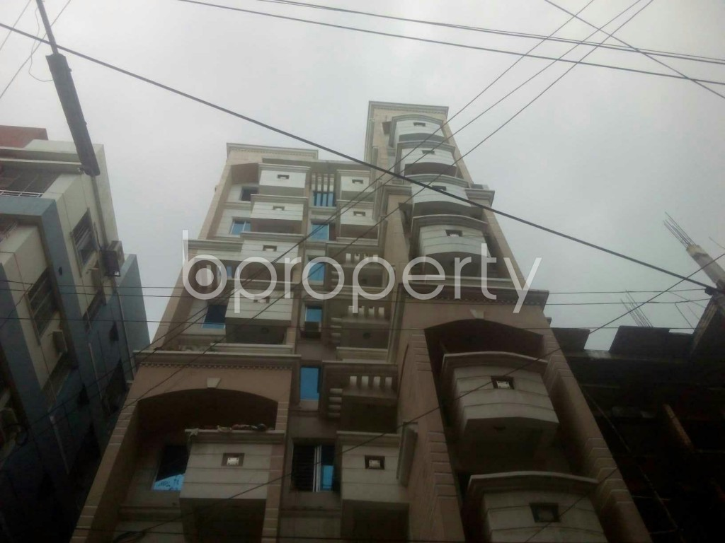 Image 1 - 3 Bed Apartment for Sale in Baridhara, Dhaka - 1713596