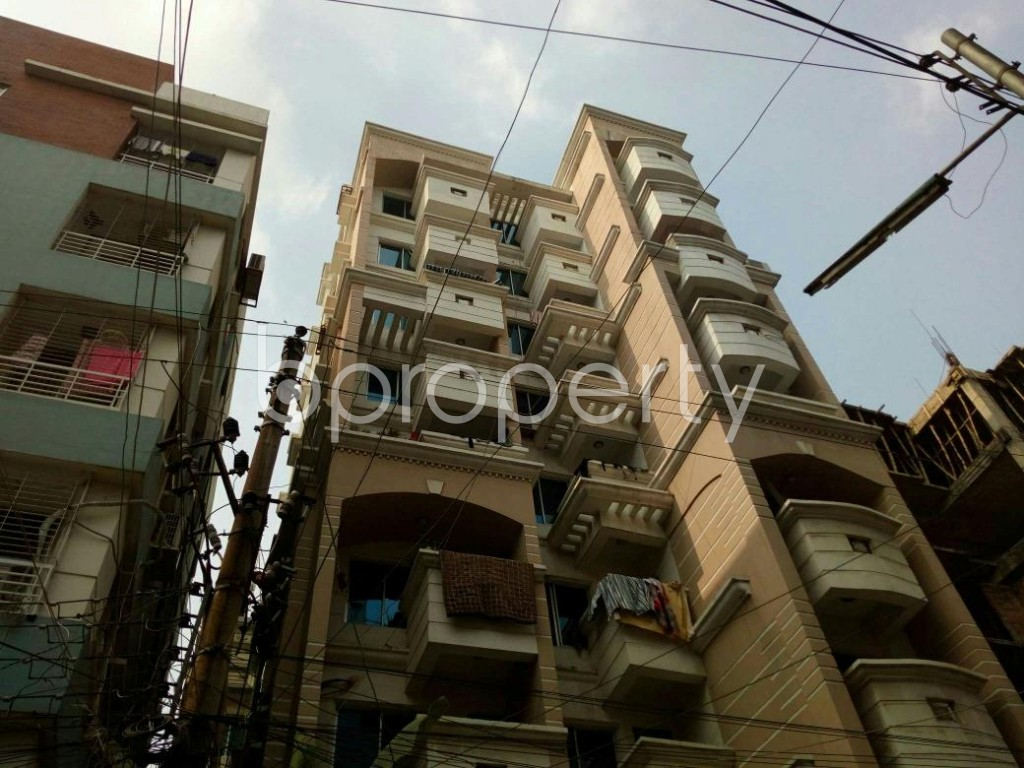 Image 1 - 3 Bed Apartment for Sale in Baridhara, Dhaka - 1735409