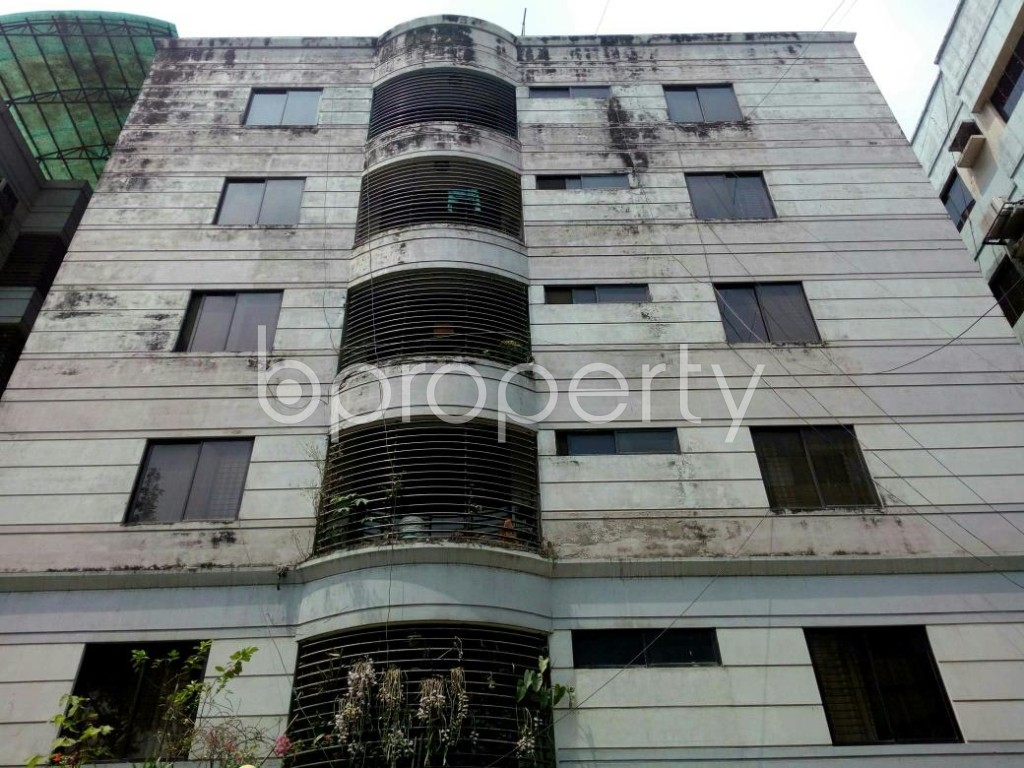 Outside view - 5 Bed Apartment for Sale in Banani, Dhaka - 1774856