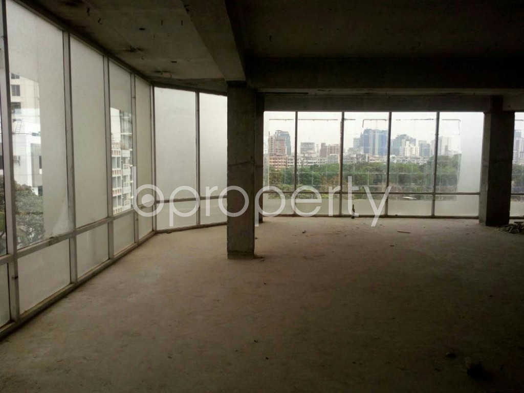 A 3000 Sq Ft Beautiful Commercial Office Space Is