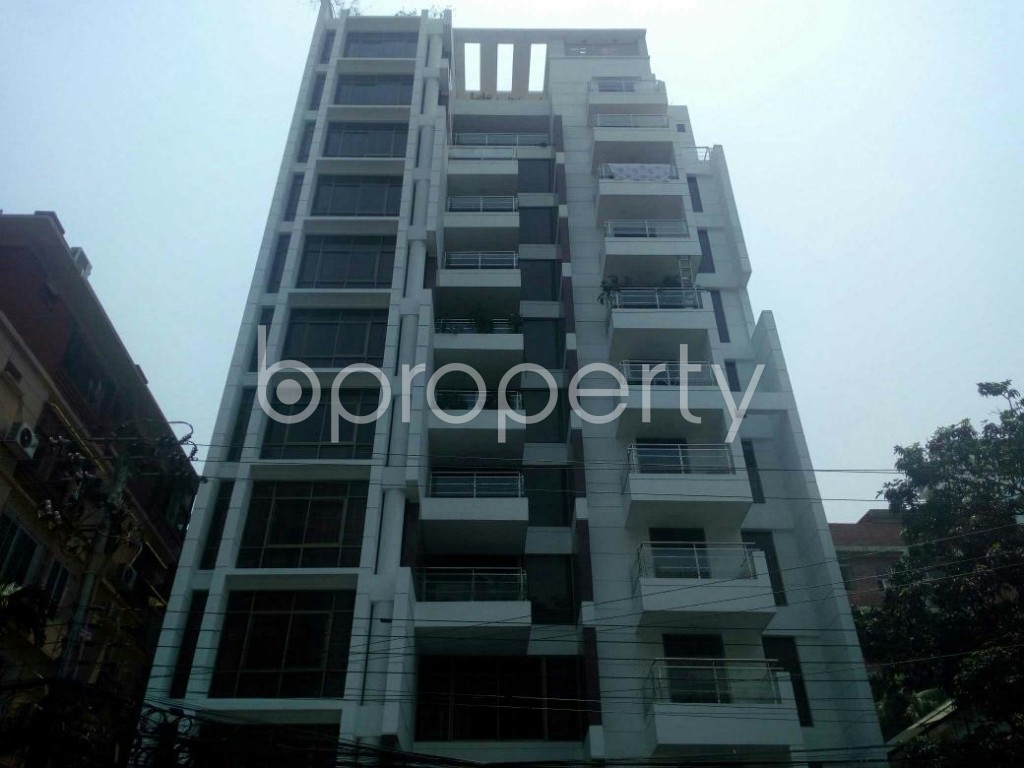Outside view - 5 Bed Apartment for Sale in Banani, Dhaka - 1782591