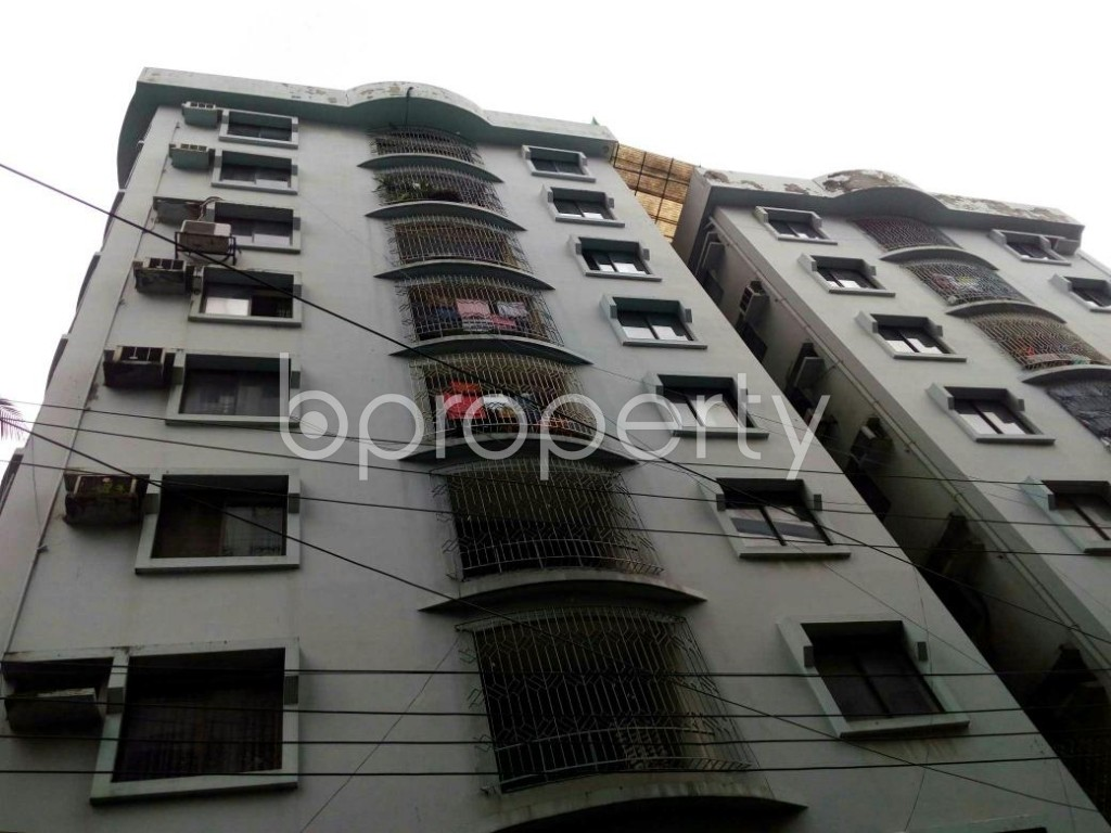 Outside view - 3 Bed Apartment for Sale in Shegunbagicha, Dhaka - 1796455