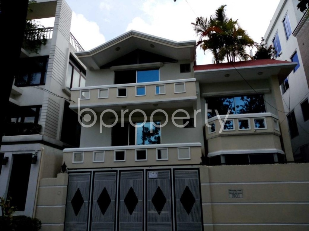 Outside view - 7 Bed Duplex to Rent in Nikunja, Dhaka - 1801365