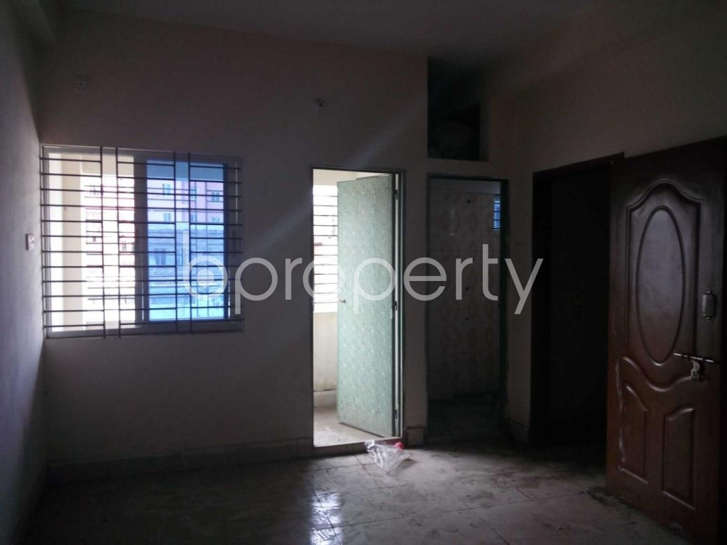 Bedroom - 3 Bed Apartment for Sale in Bangshal, Dhaka - 1801740