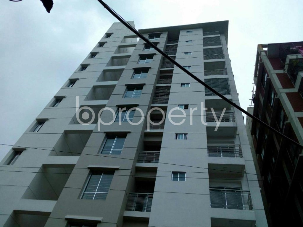 Front view - 3 Bed Apartment for Sale in 33 No. Firingee Bazaar Ward, Chattogram - 1802626