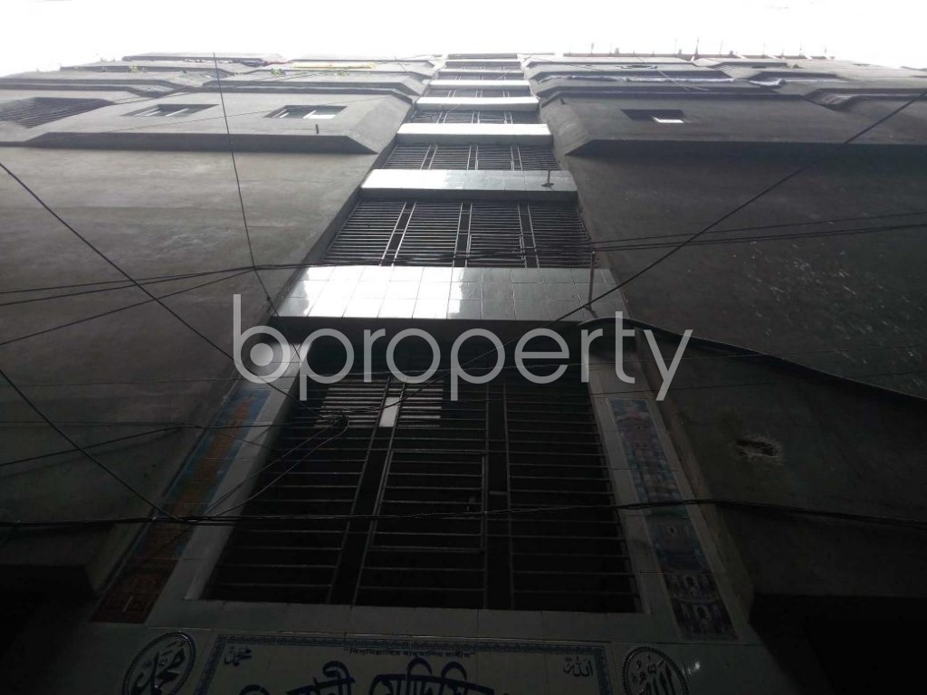 Front view - Shop for Sale in Kotwali, Dhaka - 1810835