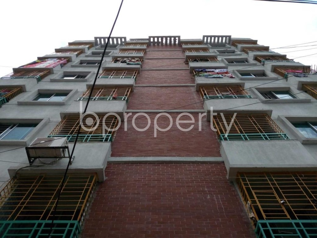 Front view - 3 Bed Apartment for Sale in Bangshal, Dhaka - 1811262