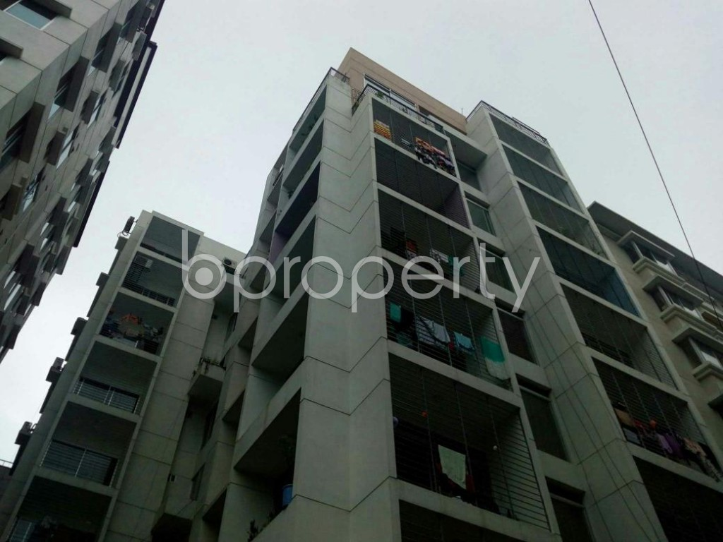 Outside view - 3 Bed Apartment for Sale in Bashundhara R-A, Dhaka - 1811406