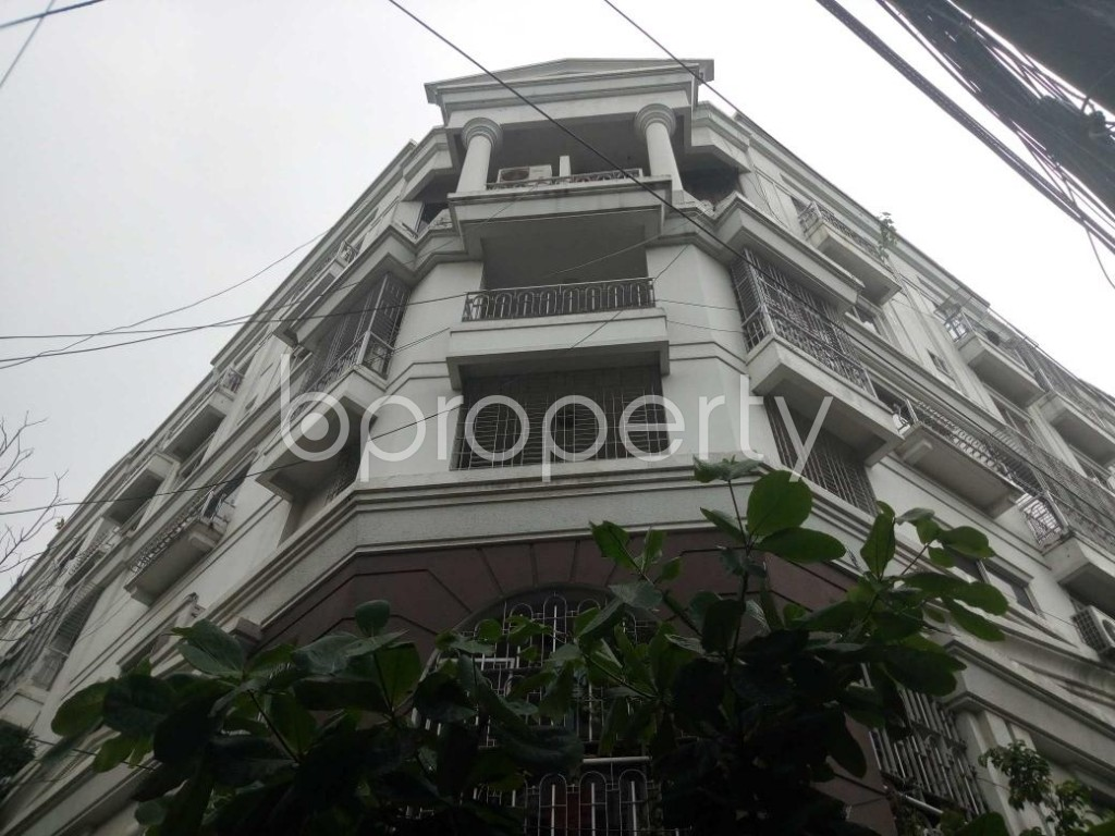 Front view - 4 Bed Duplex for Sale in Gulshan, Dhaka - 1811476