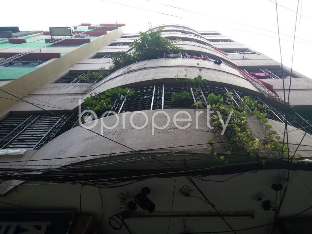 Front view - Shop to Rent in Kotwali, Dhaka - 1812989