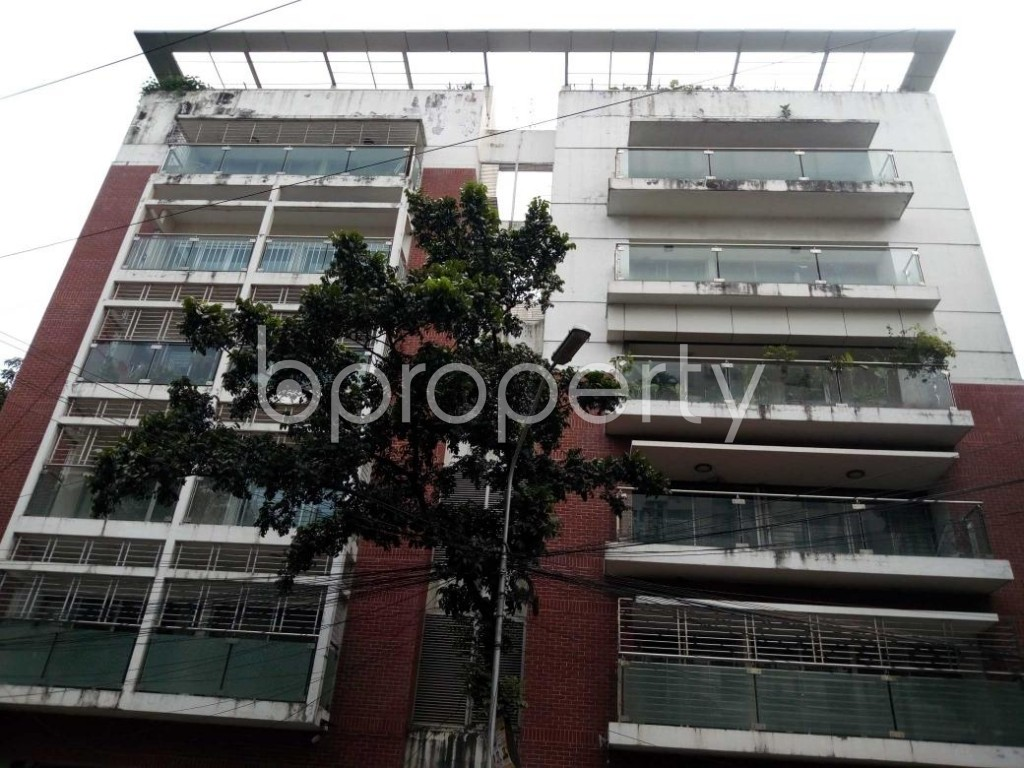 Front view - 4 Bed Apartment for Sale in Gulshan, Dhaka - 1819050