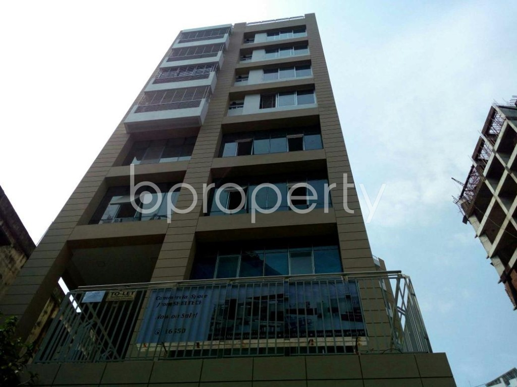 Outside view - Office for Sale in Shiddheswari, Dhaka - 1821389