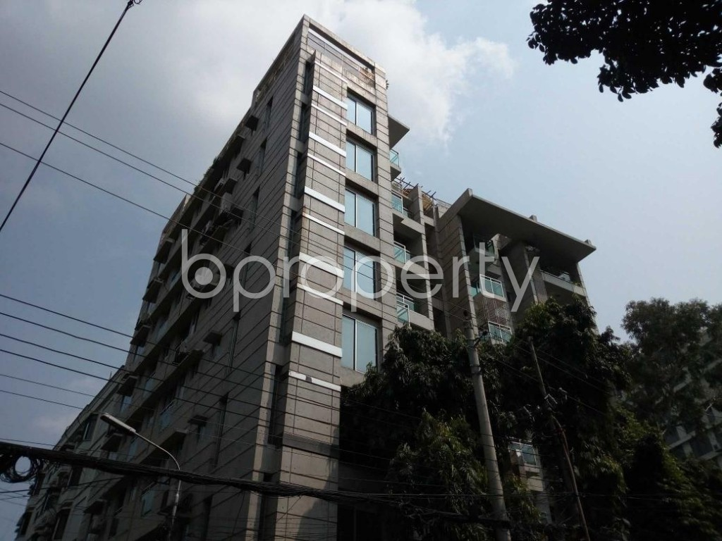 Outside view - 3 Bed Apartment to Rent in Gulshan, Dhaka - 1823059