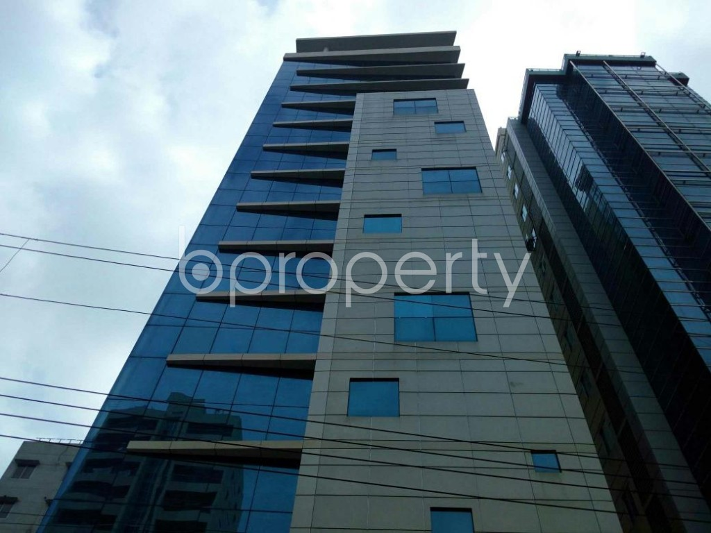 Front view - Office for Sale in Uttara, Dhaka - 1823923
