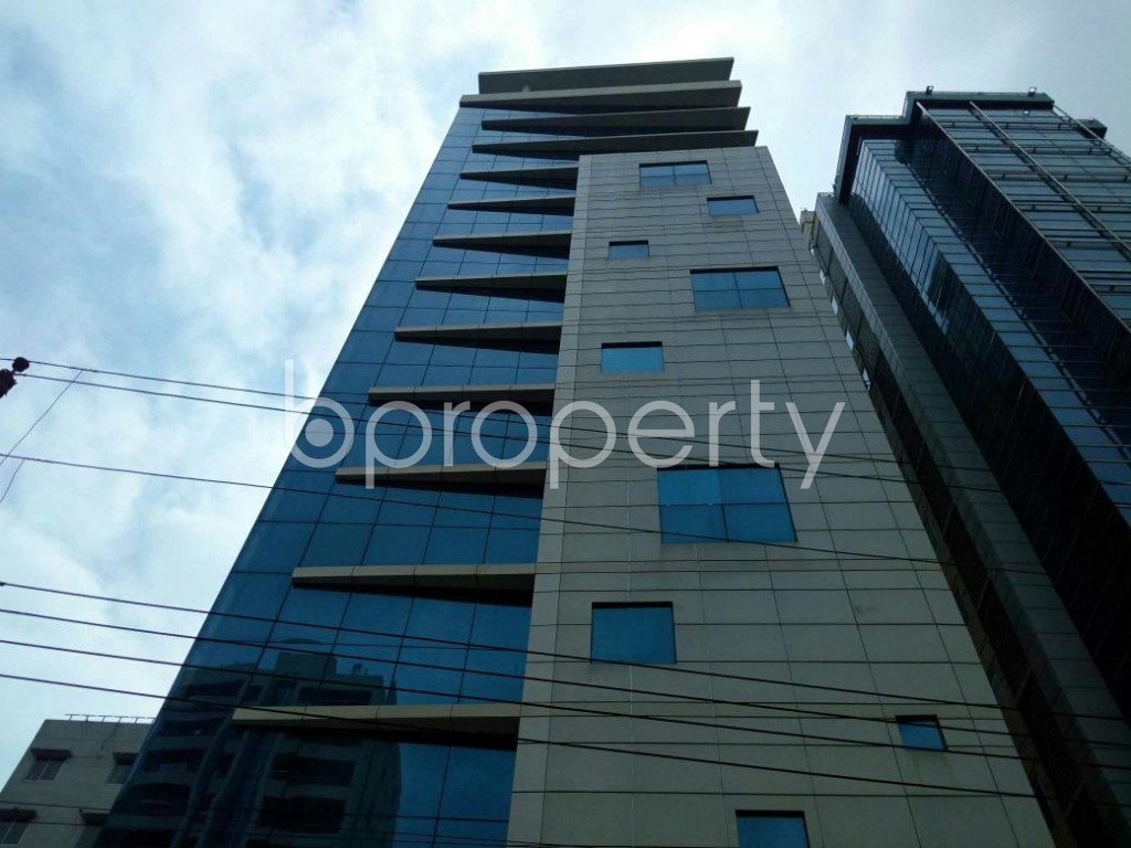 Front view - Office for Sale in Uttara, Dhaka - 1823933
