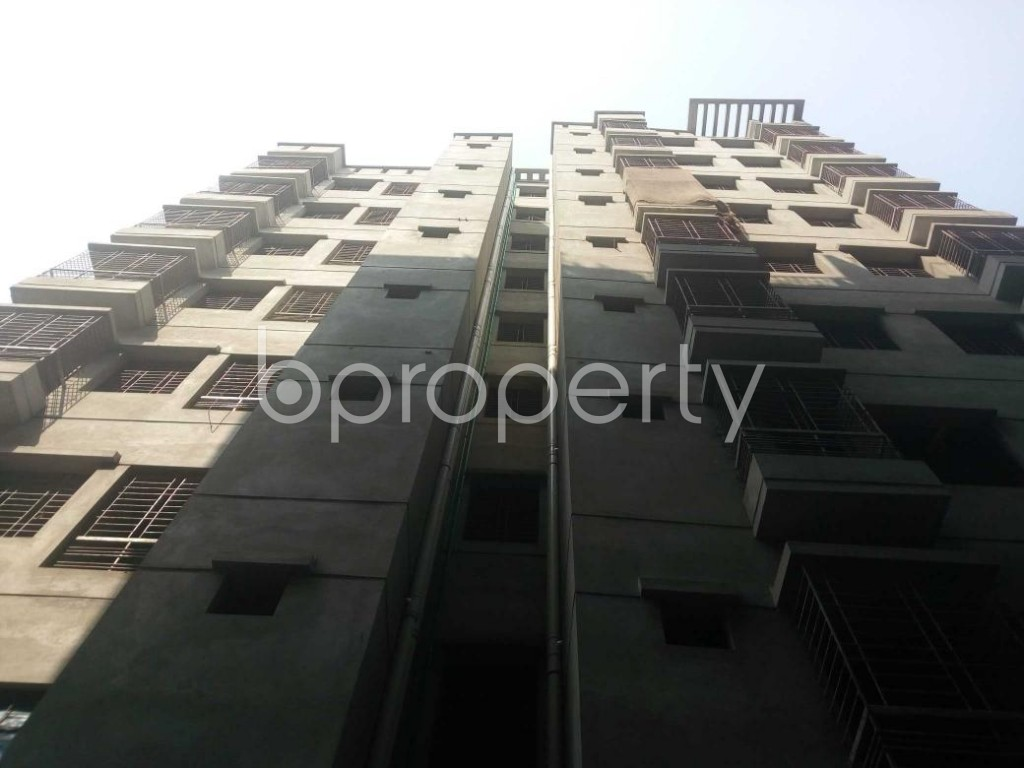 Front view - 4 Bed Apartment for Sale in Bangshal, Dhaka - 1824402