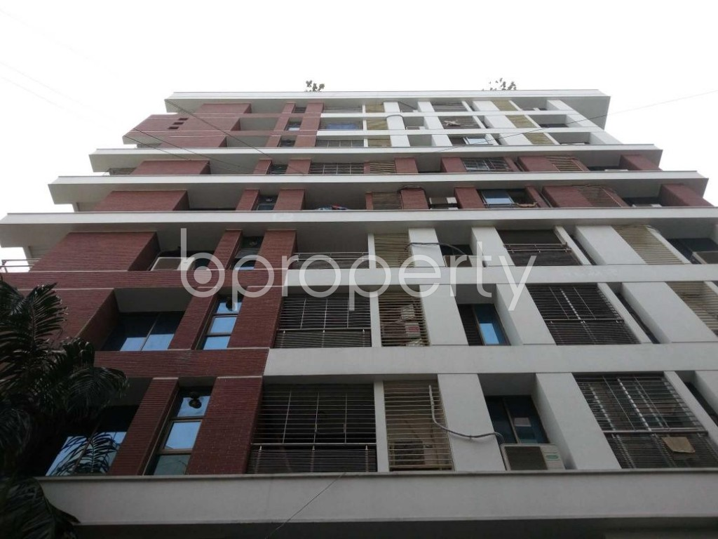 Front view - 4 Bed Apartment for Sale in Gulshan, Dhaka - 1830976