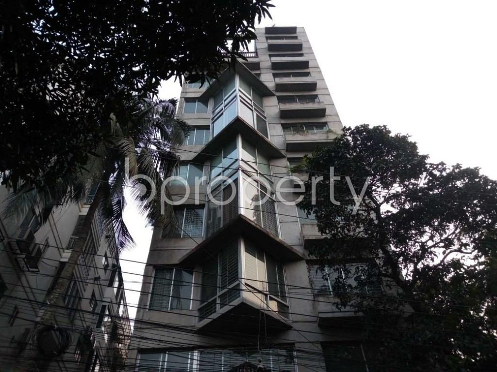 Front view - 4 Bed Duplex for Sale in Gulshan, Dhaka - 1831129