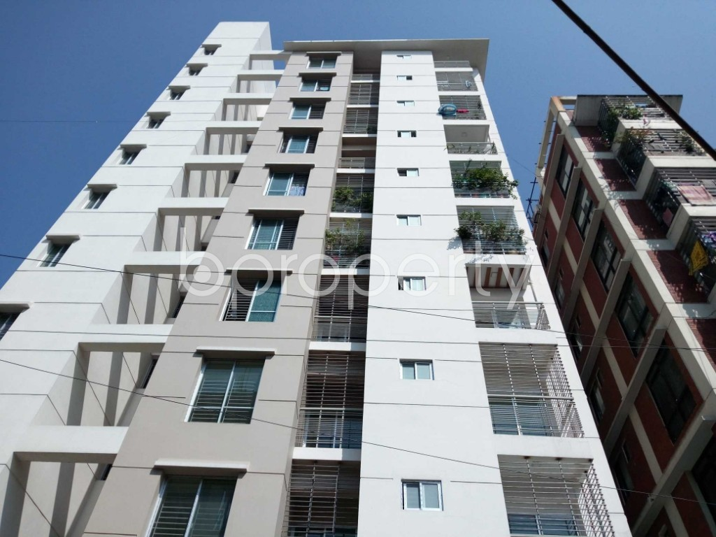 Front view - 3 Bed Apartment for Sale in 33 No. Firingee Bazaar Ward, Chattogram - 1831194