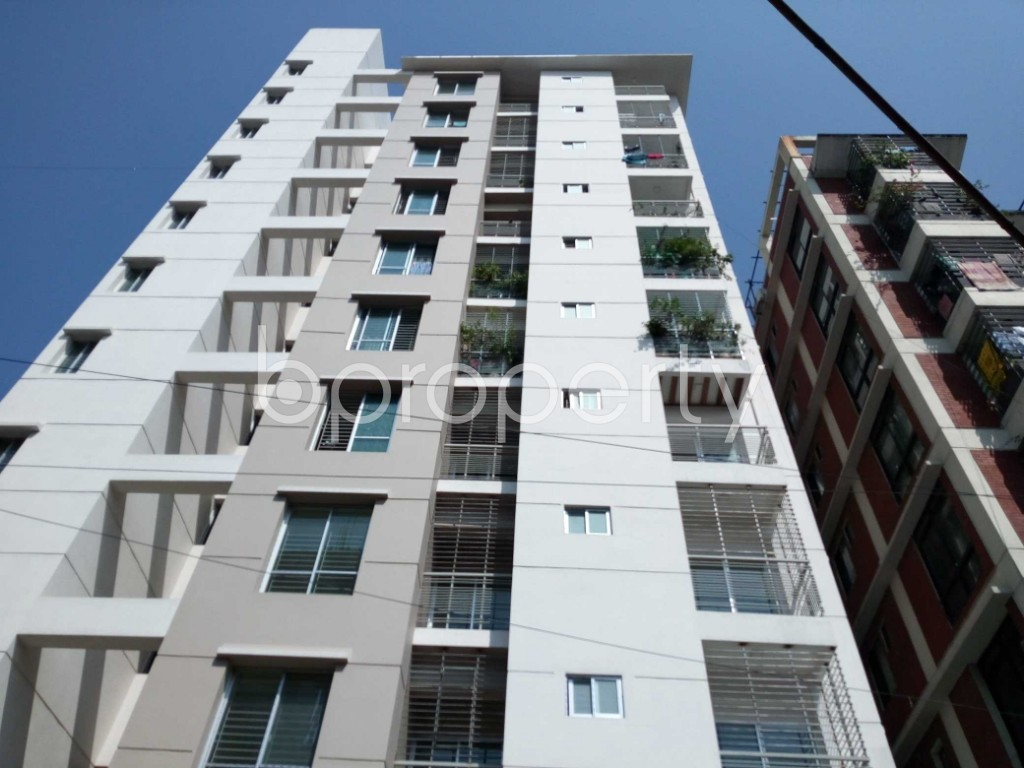Front view - 3 Bed Apartment for Sale in 33 No. Firingee Bazaar Ward, Chattogram - 1831201