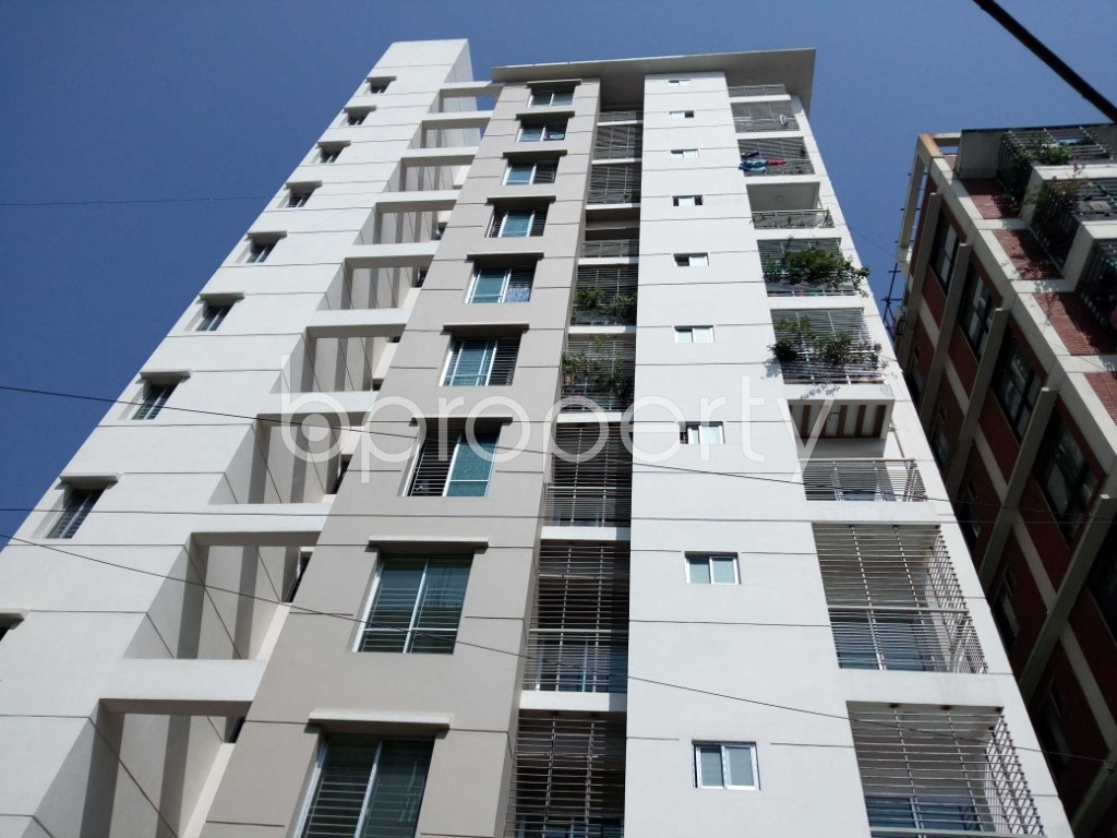 Front view - 3 Bed Apartment for Sale in 33 No. Firingee Bazaar Ward, Chattogram - 1831212