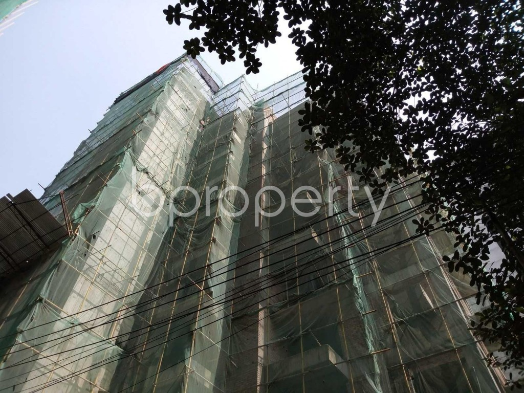 Outside view - 4 Bed Apartment for Sale in Gulshan, Dhaka - 1832326