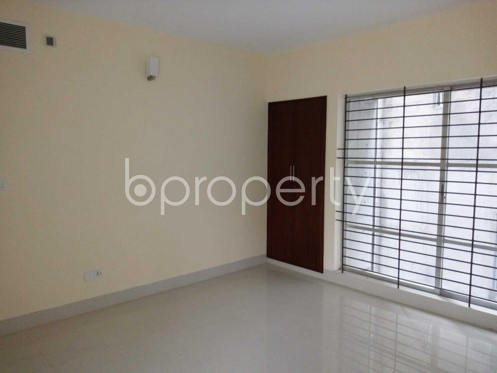 Bedroom - 4 Bed Apartment for Sale in Gulshan, Dhaka - 1832641