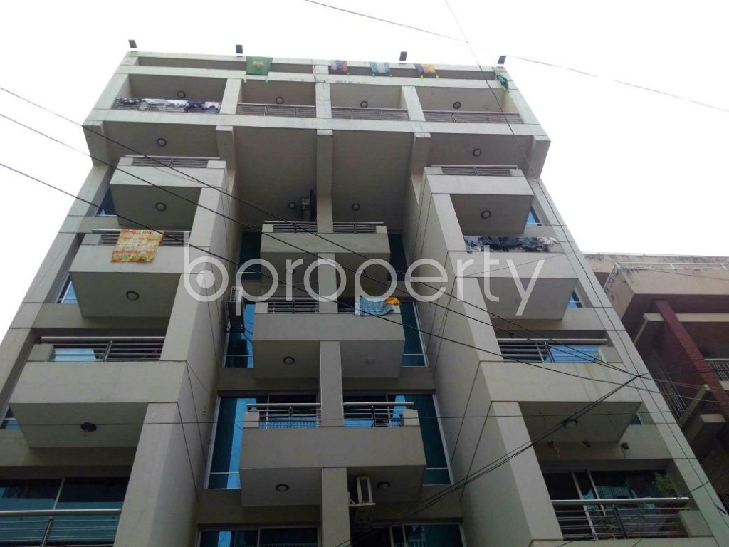 Front view - 4 Bed Apartment to Rent in Lalmatia, Dhaka - 1832692