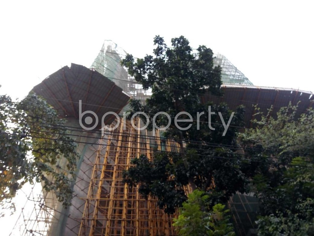 Front view - 5 Bed Apartment for Sale in Gulshan, Dhaka - 1833138