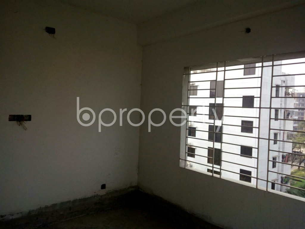 Bedroom - 3 Bed Apartment for Sale in Bashundhara R-A, Dhaka - 1834819