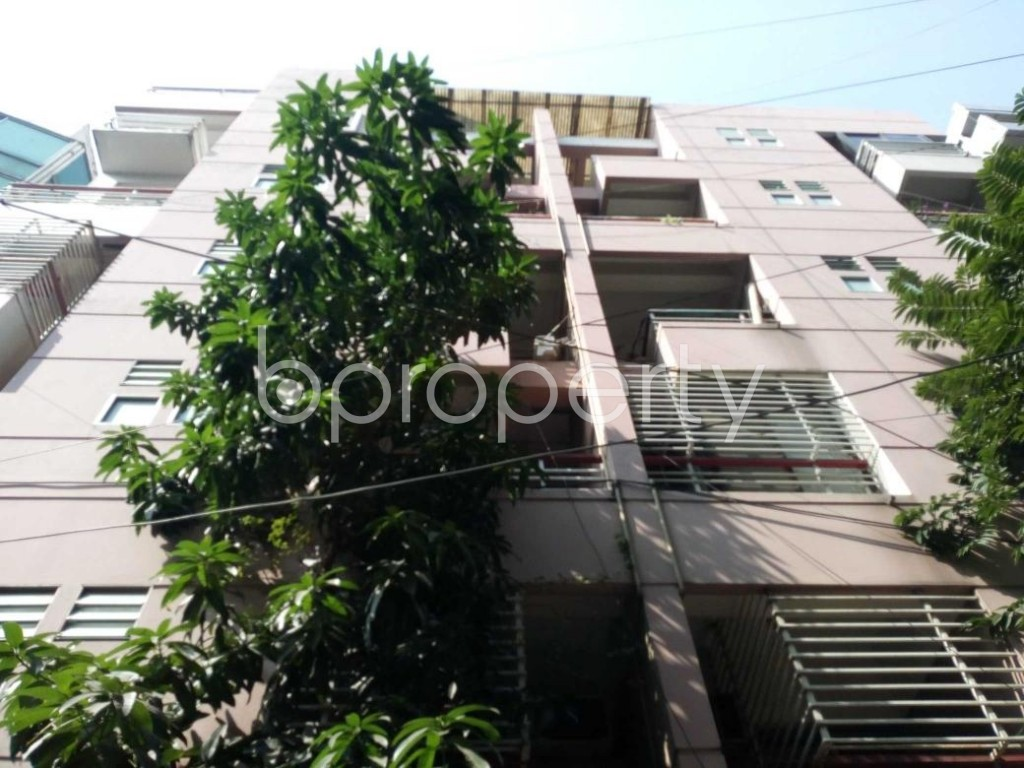 Front view - 3 Bed Apartment to Rent in Gulshan, Dhaka - 1835379