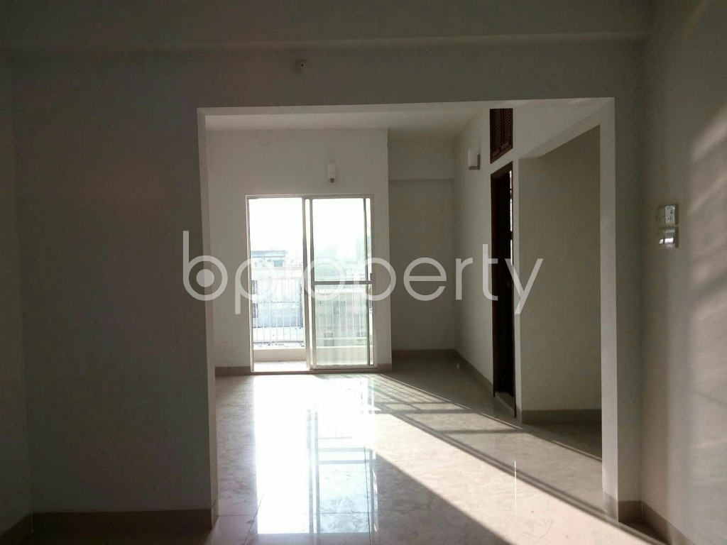 Empty Room - 3 Bed Apartment for Sale in Dhanmondi, Dhaka - 1835448