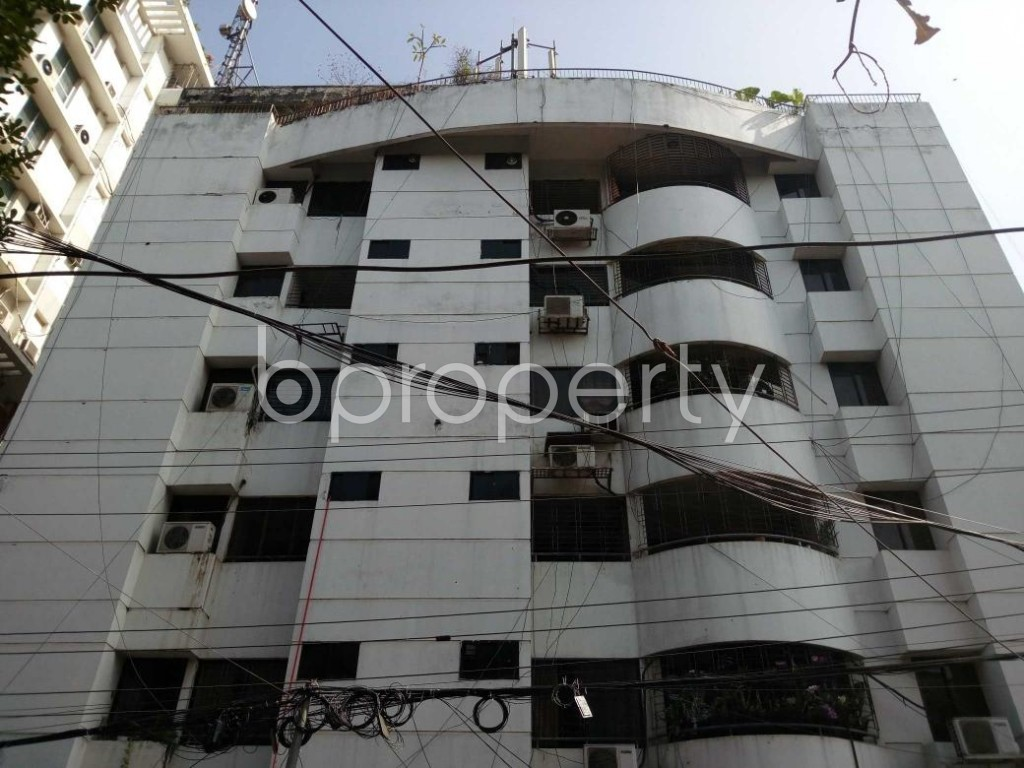 Front view - 3 Bed Apartment to Rent in Gulshan, Dhaka - 1836258