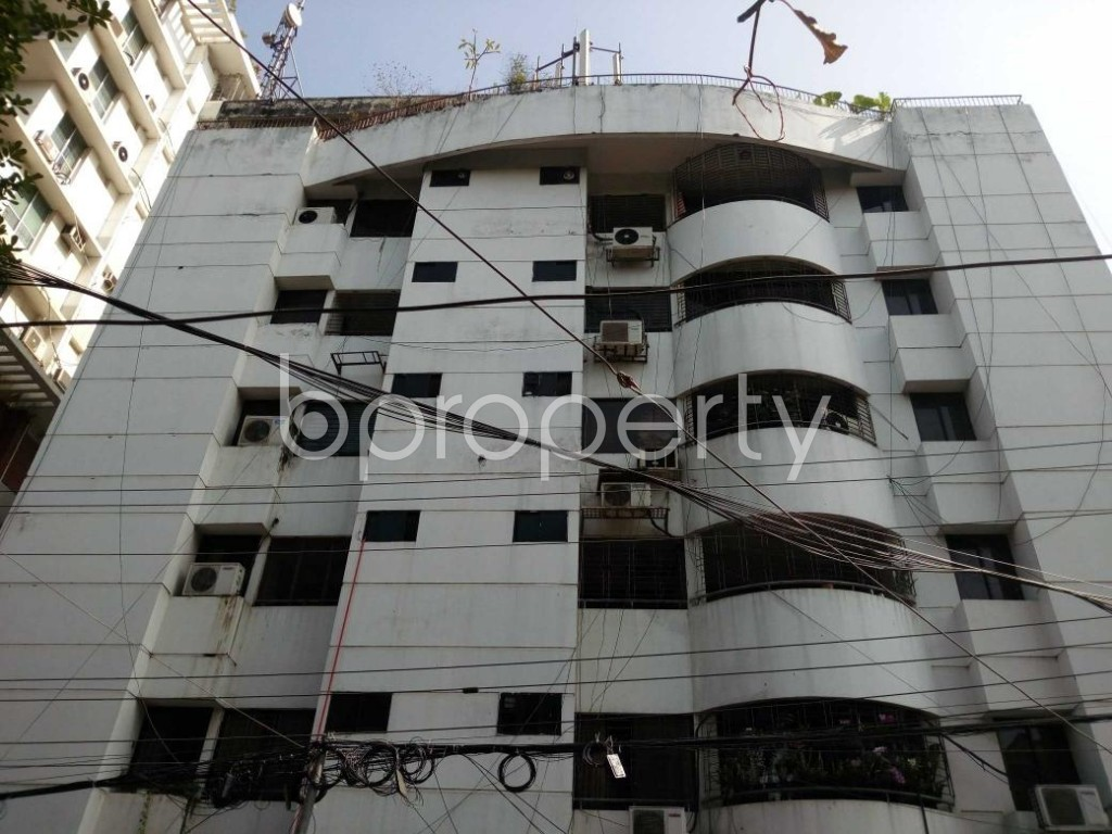 Front view - 3 Bed Apartment to Rent in Gulshan, Dhaka - 1836259