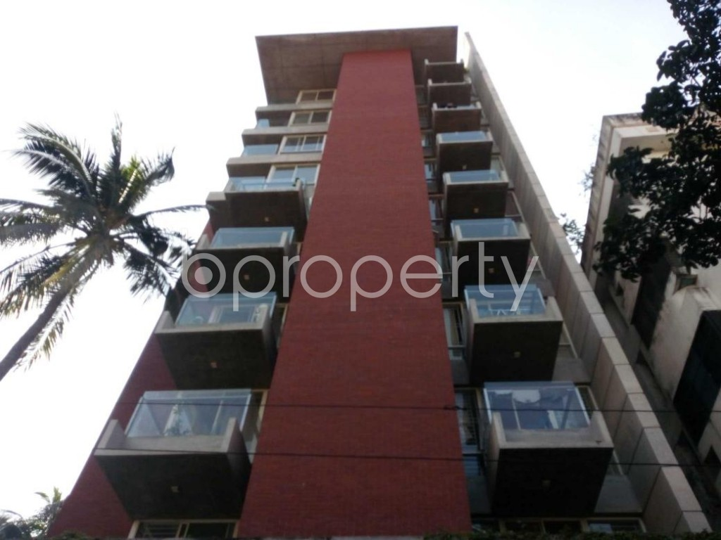 Front view - 4 Bed Apartment to Rent in Gulshan, Dhaka - 1836260