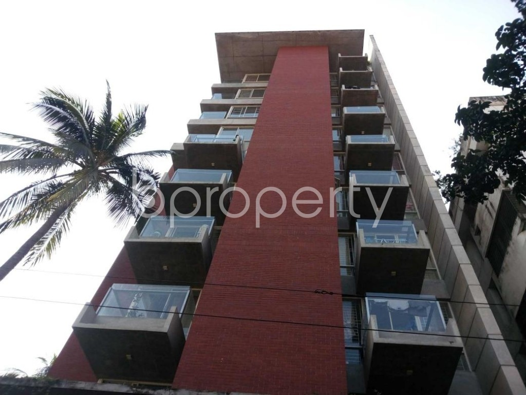 Front view - 4 Bed Apartment to Rent in Gulshan, Dhaka - 1836261