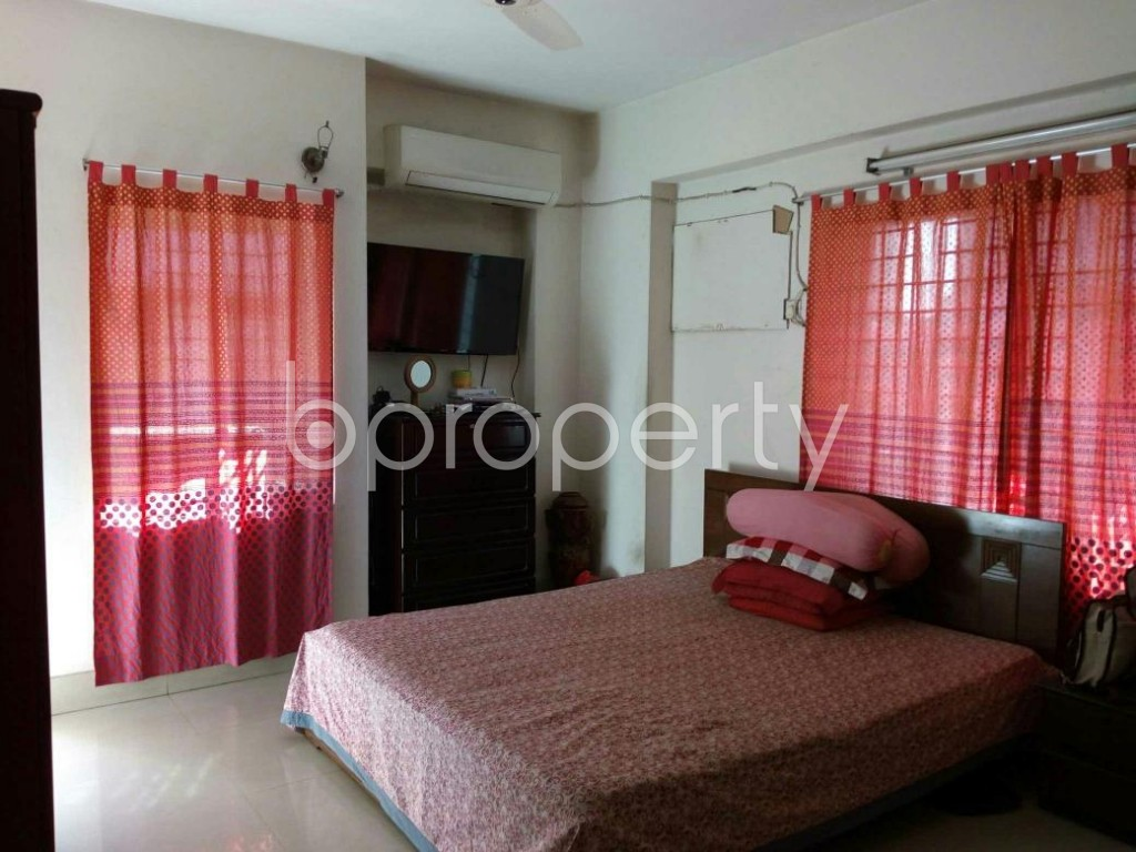 Bedroom - 3 Bed Apartment for Sale in Mohammadpur, Dhaka - 1836499