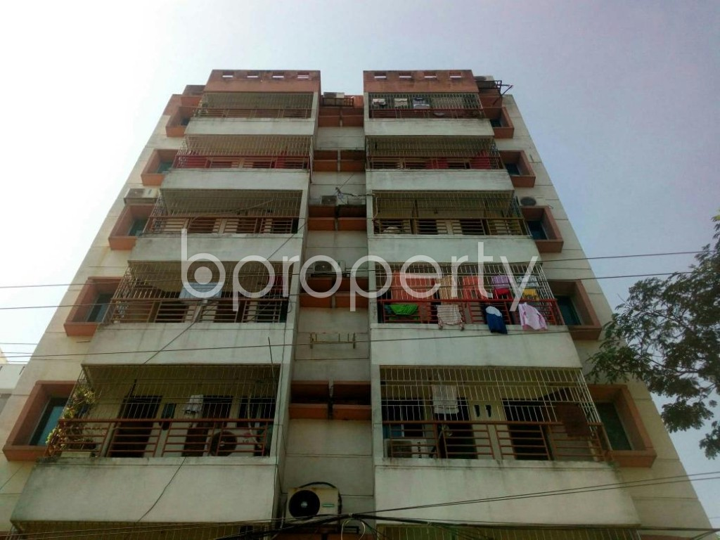 Front view - 3 Bed Apartment for Sale in Bashundhara R-A, Dhaka - 1836881