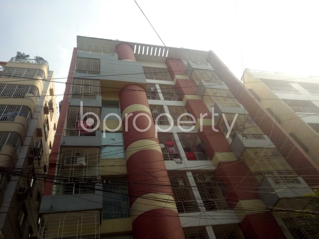 Front view - 3 Bed Apartment to Rent in Baridhara, Dhaka - 1837209