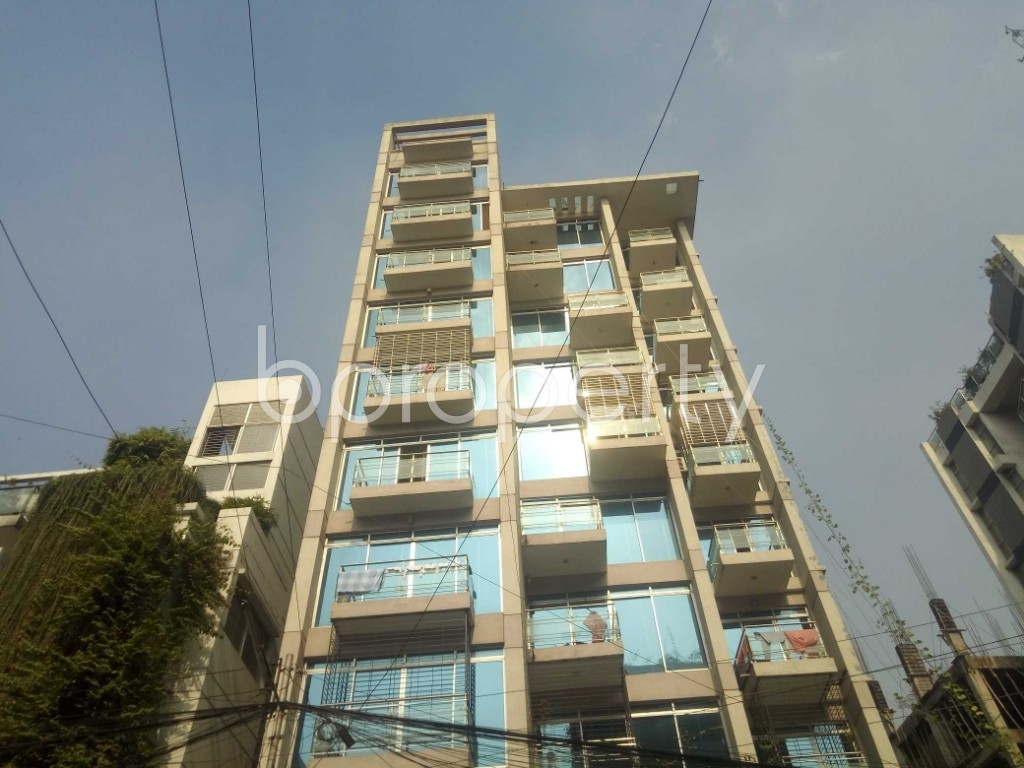 Front view - 4 Bed Apartment to Rent in Baridhara, Dhaka - 1837213