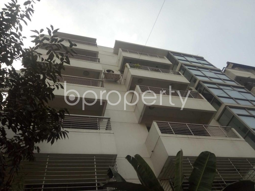Front view - 4 Bed Apartment to Rent in Baridhara, Dhaka - 1837316
