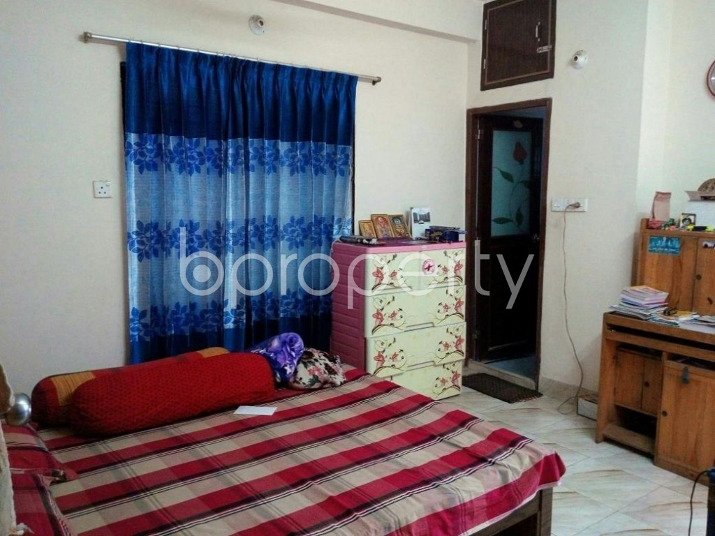 Bedroom - 3 Bed Apartment for Sale in Mohammadpur, Dhaka - 1837329