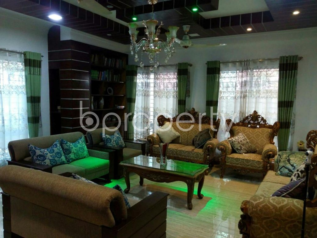 Empty Room - 4 Bed Duplex for Sale in Mohammadpur, Dhaka - 1837336