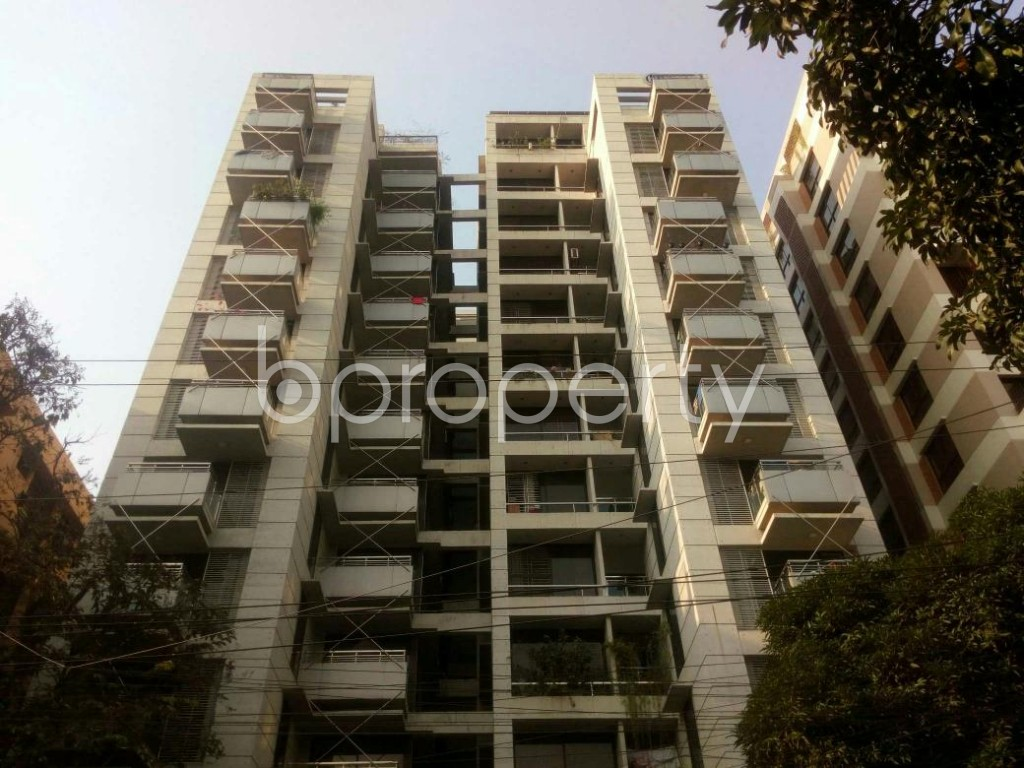 Front view - 3 Bed Apartment for Sale in Dhanmondi, Dhaka - 1837481