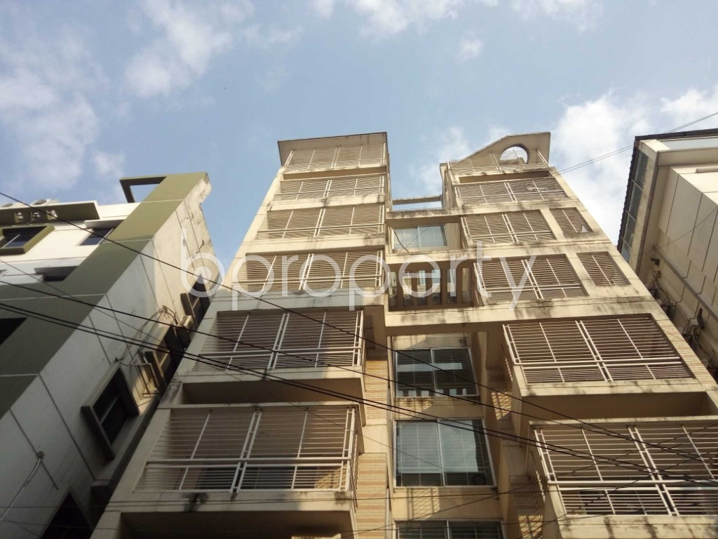 Front view - 3 Bed Apartment to Rent in Baridhara, Dhaka - 1837529
