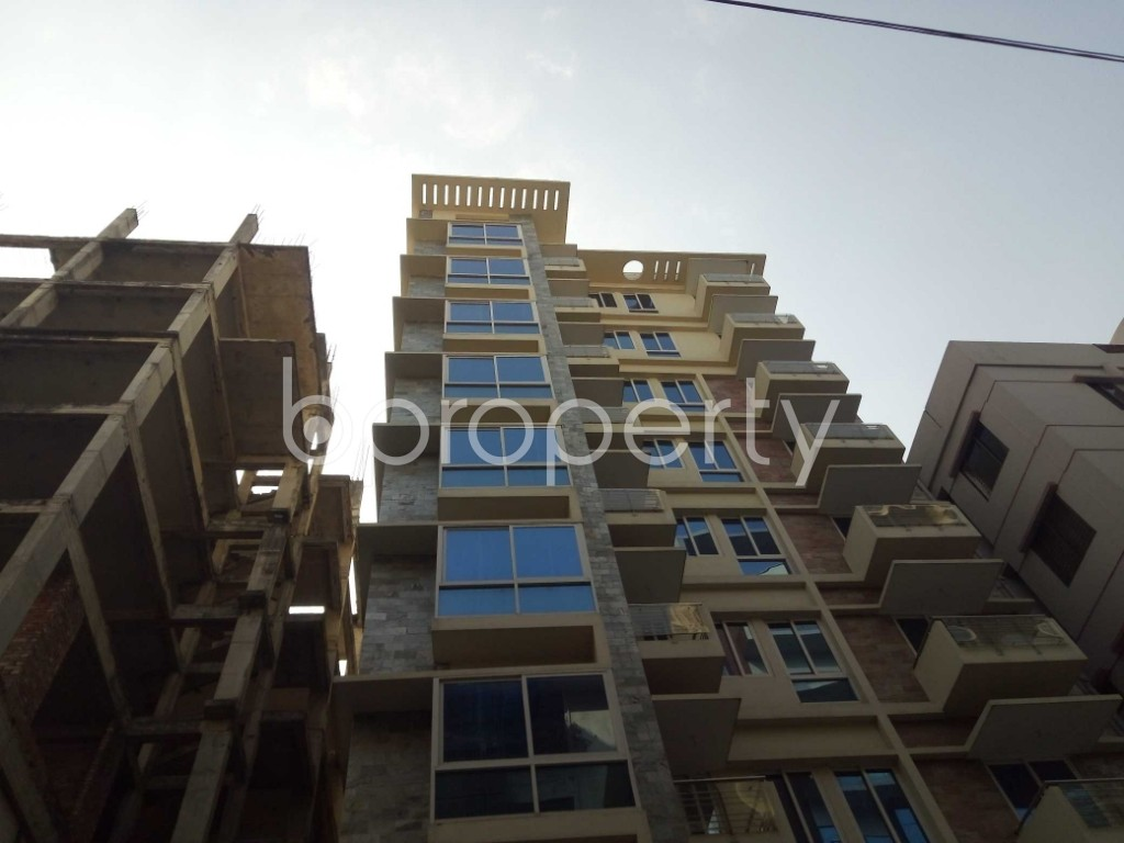 Front view - 4 Bed Apartment to Rent in Baridhara, Dhaka - 1837530
