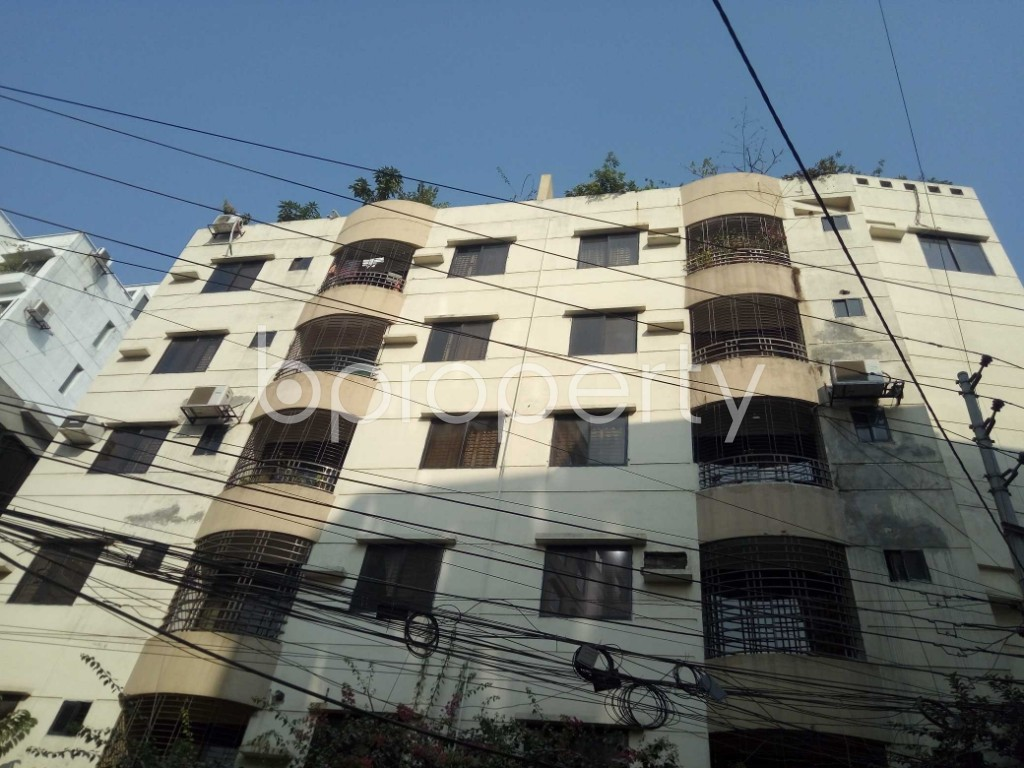 Outside view - 3 Bed Apartment to Rent in Baridhara, Dhaka - 1837531
