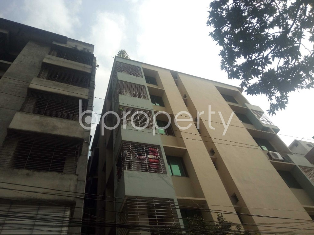 Outside view - 2 Bed Apartment to Rent in Baridhara, Dhaka - 1837658